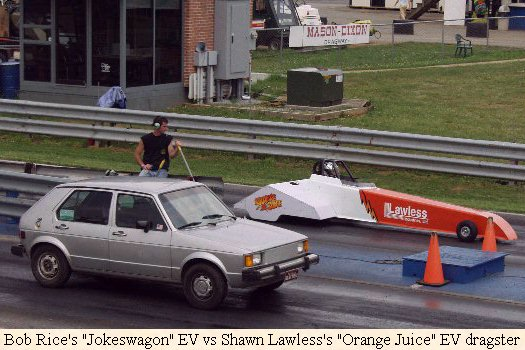 Bob Rice's Jokeswagen Vs Shawn Lawless's Orange Juice EV dragster